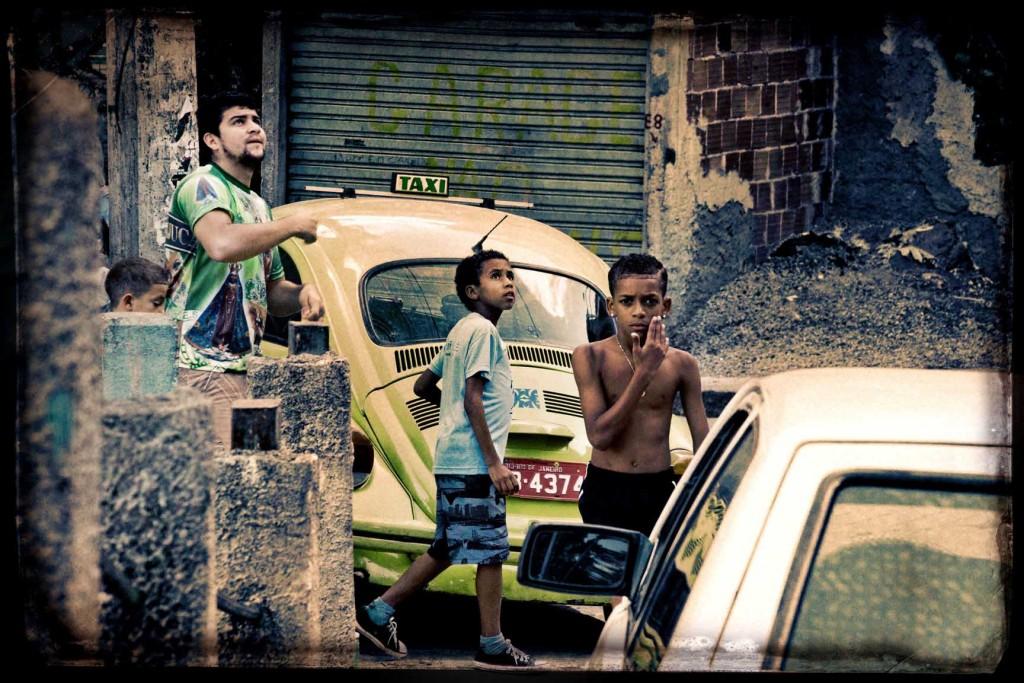 04 FAVELA RIO DE JANEIRO