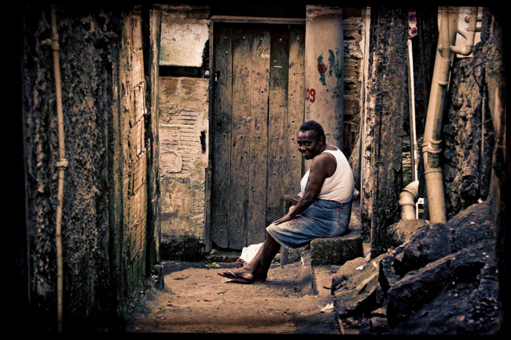 05 FAVELA RIO DE JANEIRO