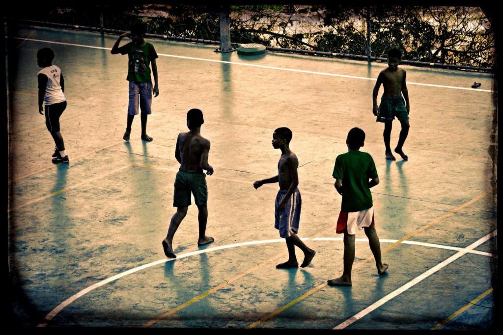 09 FAVELA RIO DE JANEIRO
